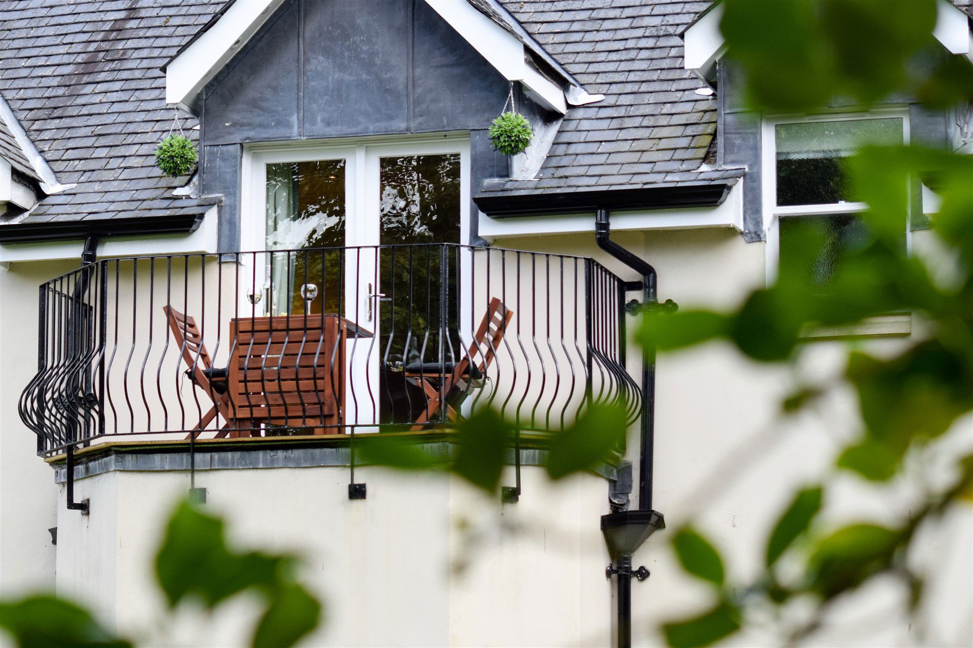 Relax on your private balcony at Benoch Lomond Castle